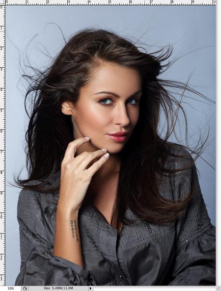 Как вырезать волосы в фотошопе 1